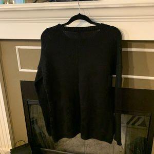 Black IBAN sweater